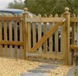 pictures of How To Build A Fence Panel Gate